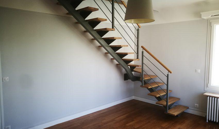 Escalier sur mesure mixte alu/bois chêne